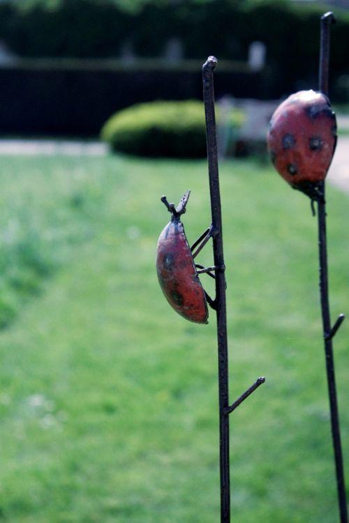coccinelles en métal pour le jardin