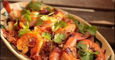 Crevettes aux épices douces, coriandre fraîche