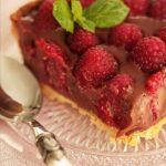 La recette de la tarte aux framboise et au chocolat praliné