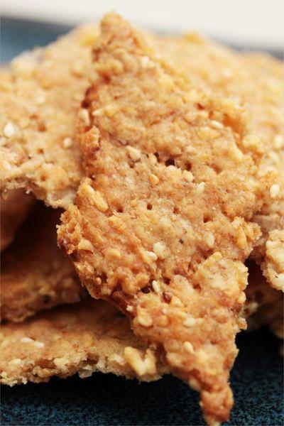 recette de crackers au fromage, wasabi et graines de sésame