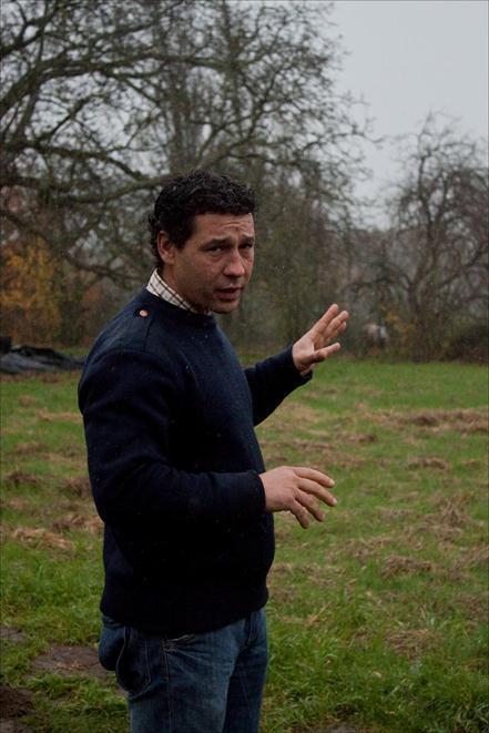 Sylvain, chef jardinier potager d'Alain Passard au jardin potager du château du Gros Chesnay à Fillé-sur-sarthe