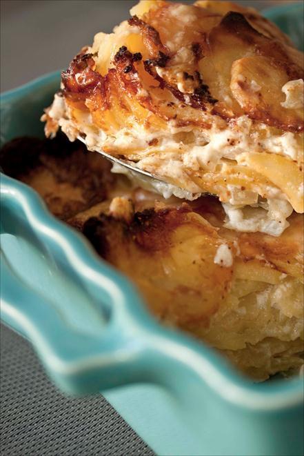 gratin de pommes de terre et au fromage de Cantal