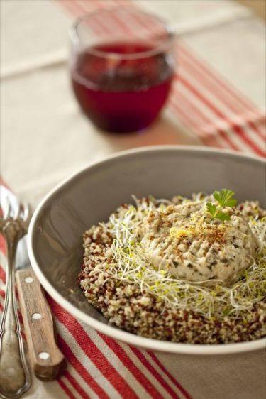 Salade légère de quinoa, maquereaux aux artichauts, ma recette