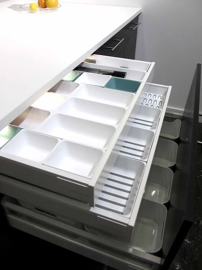 les bonnes r solutions n 2 je changerai de cuisine ikea lance metod leur nouveau syst me de. Black Bedroom Furniture Sets. Home Design Ideas