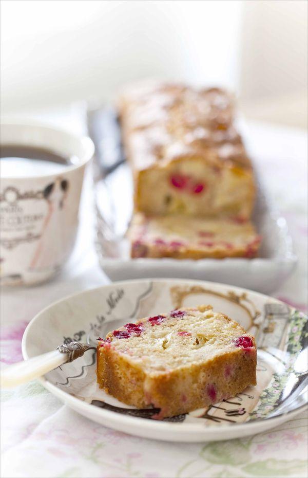 cake aux pommes et aux cranberries fraîches
