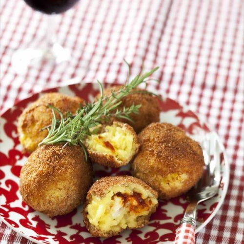 Recette des Arrancini au fromage et à la tomate