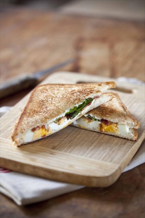 recette de croque-monsieur au Boursin Oeufs Bacon comme un sandwich bob