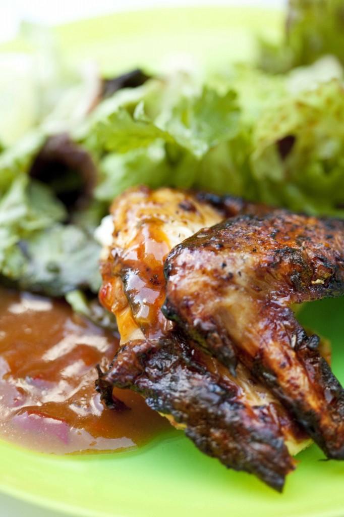 Poulet à la texane au bbq cuit aile et sauce1