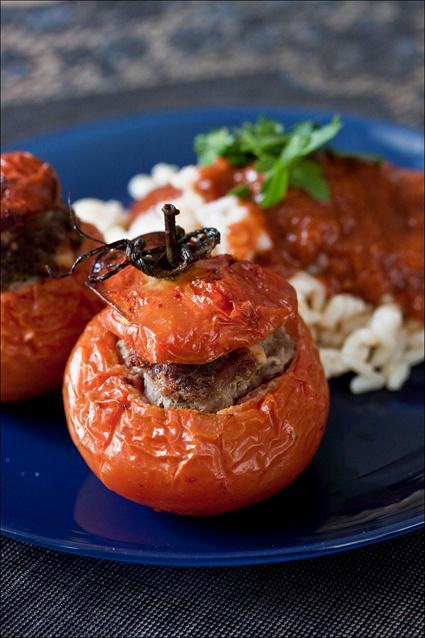 Tomates Farcies Avec Le Riz Autour Recette De Plat Complet Légumes Viande Et Féculents