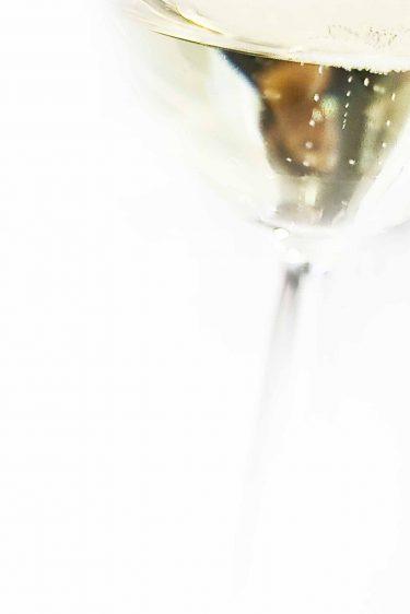 verre de champagne Devaux, gros plan sur les bulles