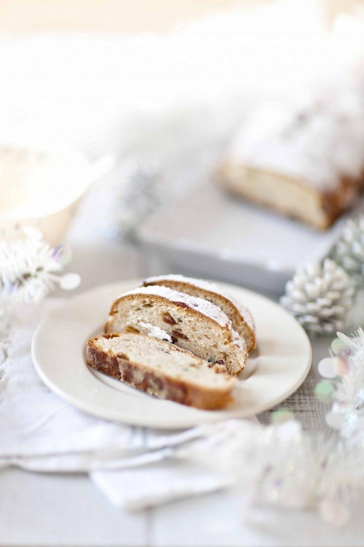 La recette du Christstoller alsacien ou allemand, une brioche de Noël farcie à la pâte d'amande