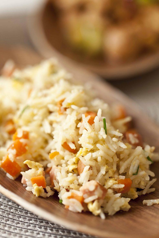 La recette du riz cantonais ou riz sauté chinois