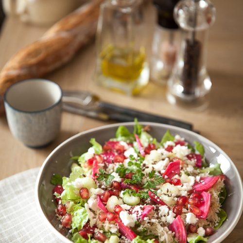 Salade de choucroute crue à la feta, betteraves et grenade