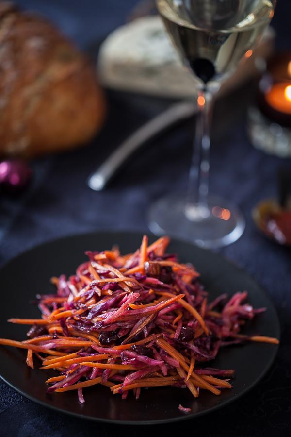 Table Ebène, roquefort Cave des Templiers et salade rouge au condiment de figues©AnneDemayReverdy06