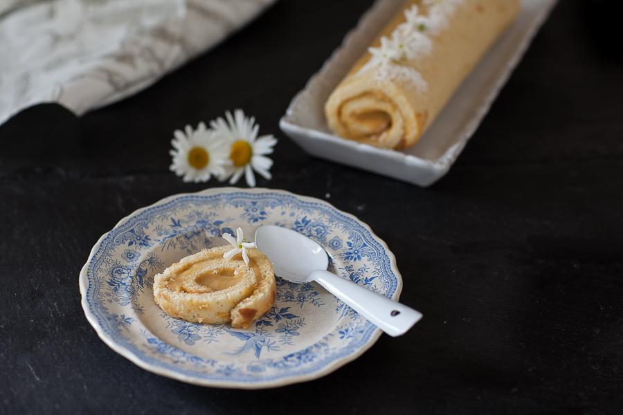 Gâteau roulé aux fruits exotiques©AnneDemayReverdy02
