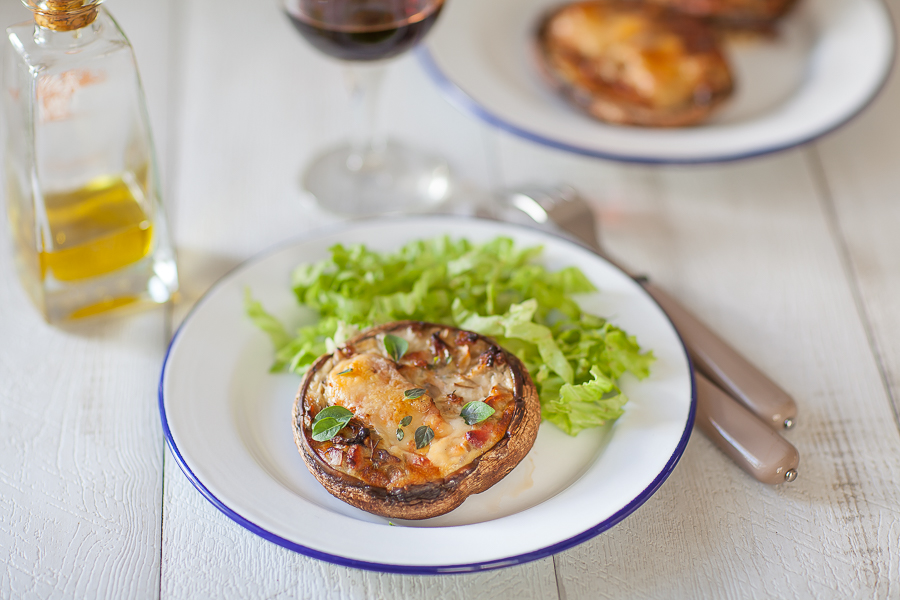 champignon-portobello-farci-au-lard-et-au-fromage-de-brebisannedemayreverdy02