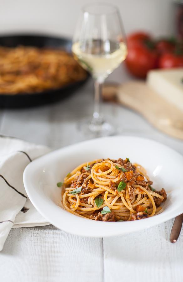 recette traditionnelle des spaghetti )à la Bolognaise ou pasta al ragu