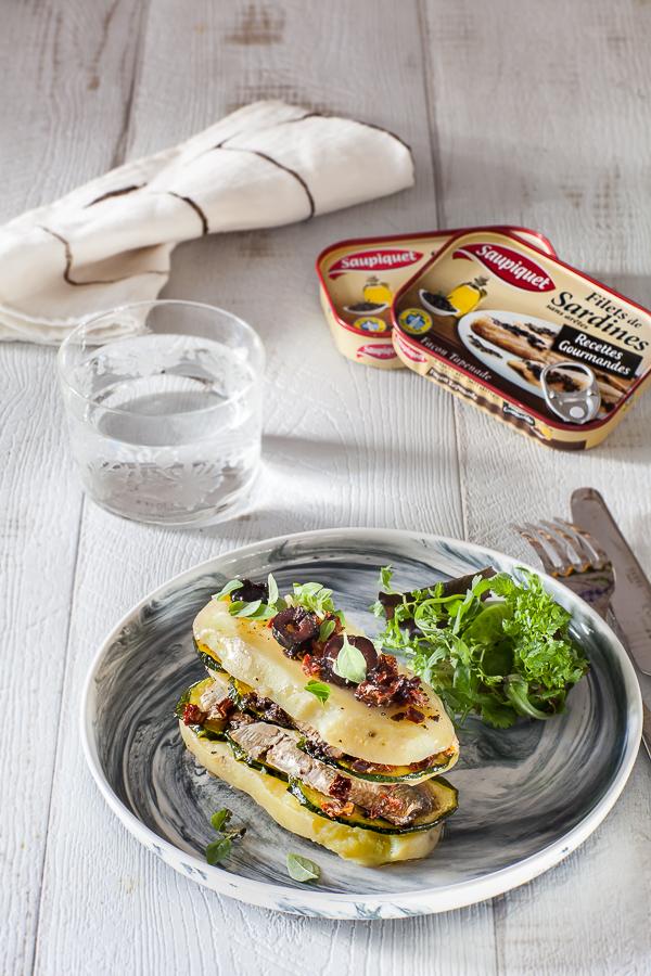 millefeuille-de-pomme-de-terre-courgettes-et-sardines-a-la-tapenade-saupiquetannedemayreverdy06