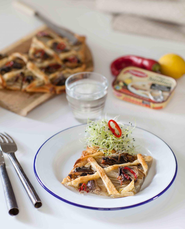 tarte-fine-aux-endives-et-sardines-citron-piment-saupiquetannedemayreverdy02_c