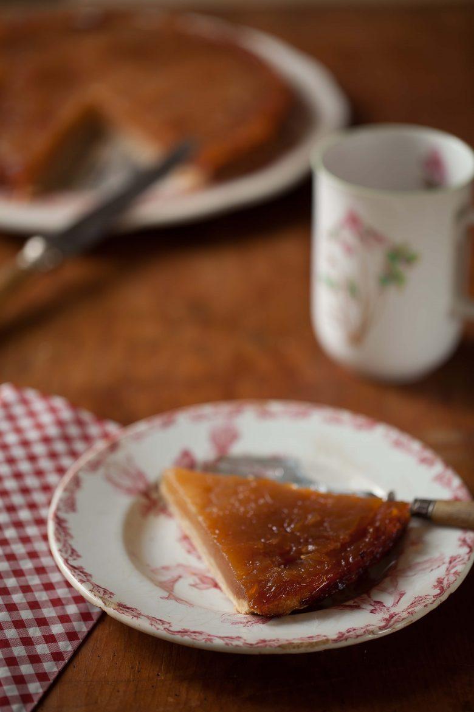 Ma recette facile et traditionnelle de la tarte tatin aux pommes.