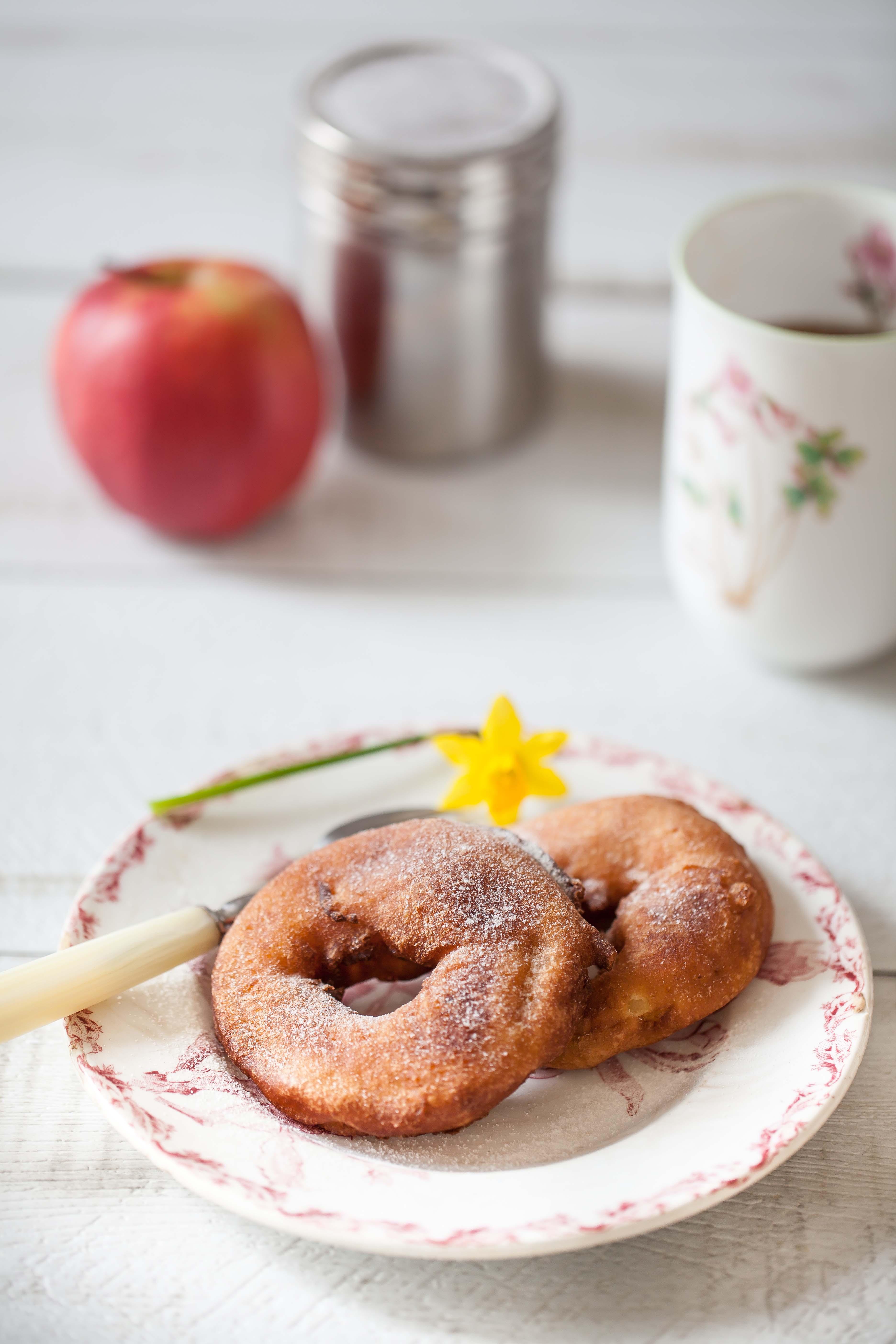 La recette facile des beignets de pommes à la levure de boulanger