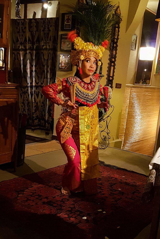 Djakarta Bali restaurant danse indonésienne