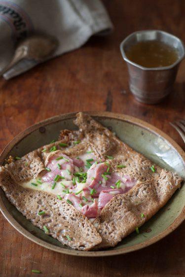 crepe sarrasin bechamel jambon cheddar