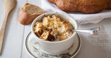Soupe gratinée à l'oignon portion individuelle