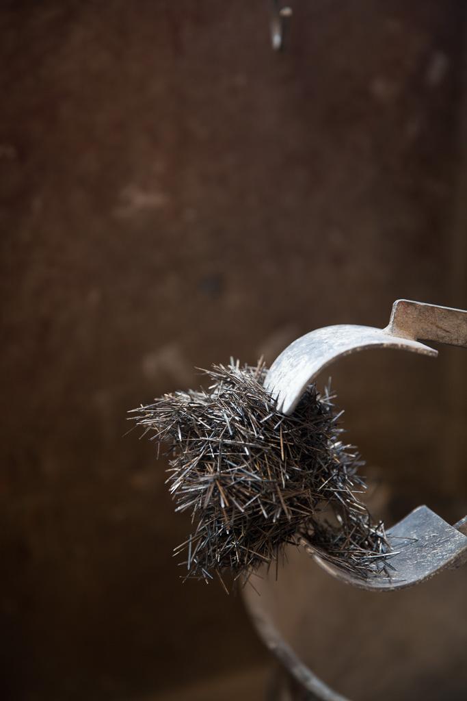 la limaille fine du béton du four à bois Grand-Mère