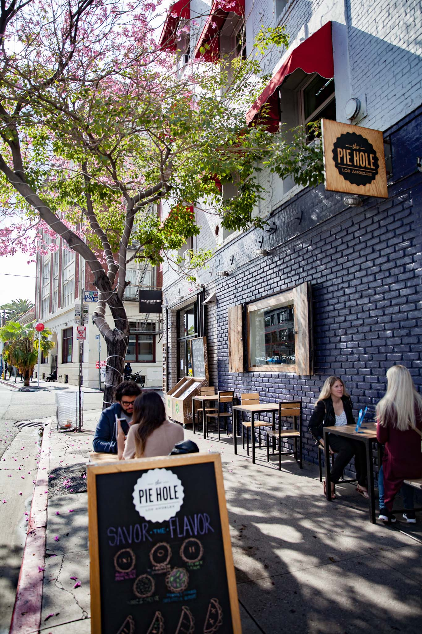 La terrasse de Pie Hole sur Traction Ave Los Angeles autrement
