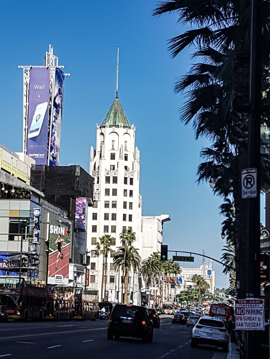 Hollywood blvd et le Hollywood First National Building