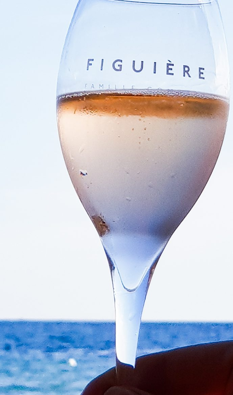 Atmoisphère, le vin pétillant du domaine de Figuière