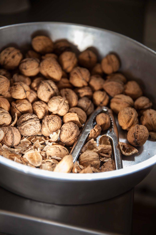 Noix et casse-noix pour la tarte aux noix