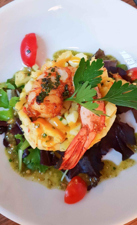 Salade de mangue verte et crevettes au restaurant Niébé Paris 6