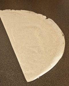 Astuce pliage des bricks pour les briouats et samoussas ou les böreks étape 1