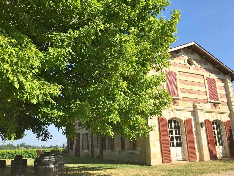 Le vi de Bordeaux des îles, le domaine de l'île Margaux. Ici la grande maison, sur l'île Margaux, qui accueille visiteurs et dégustateurs