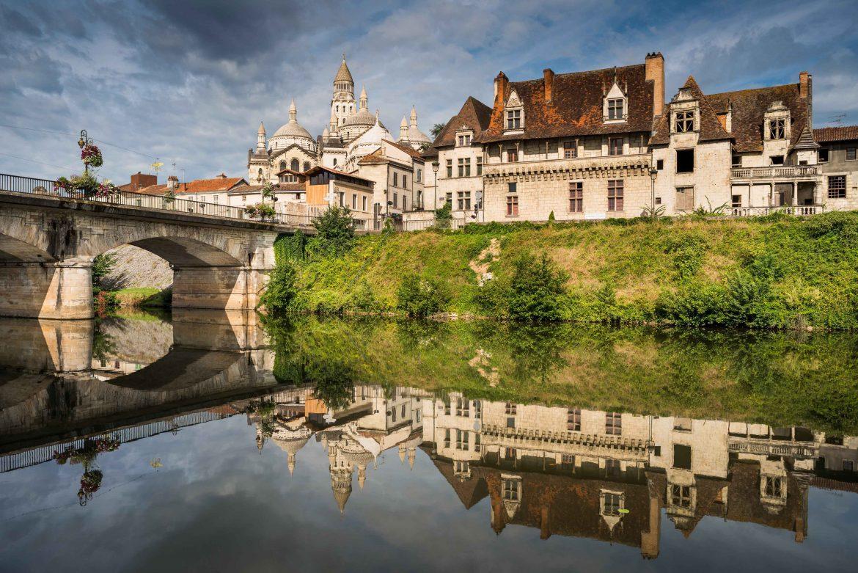 Périgueux, l'Isle et la Cathédrale Saint-Front