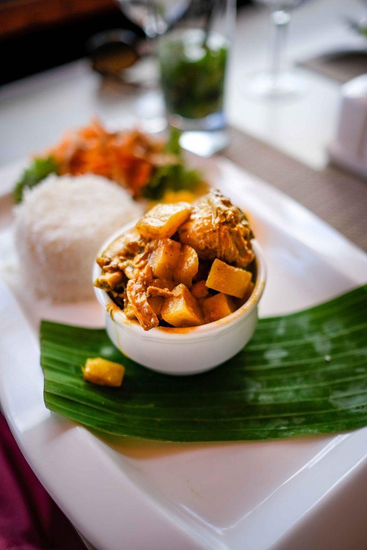 Kari Poul ou curry poulet aux Seychelles