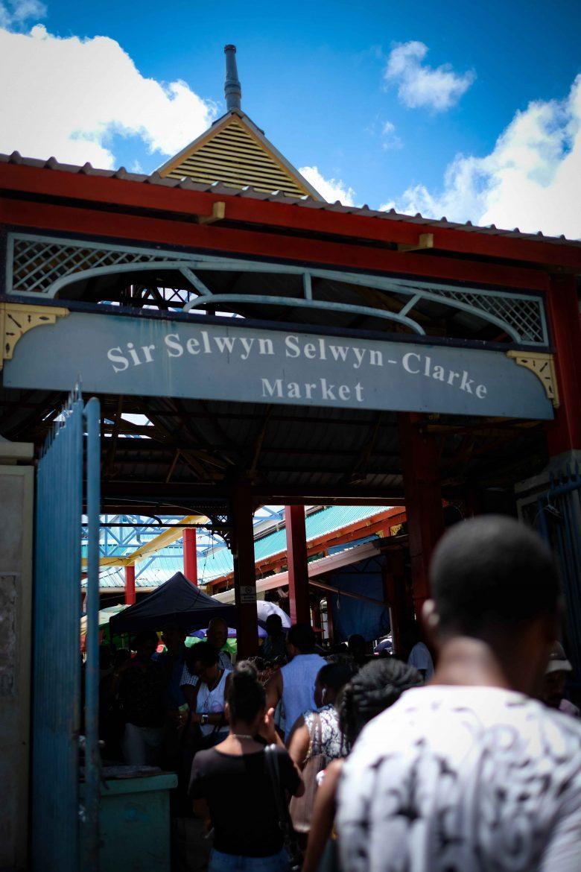 Marché couvert de Victoria à Mahé aux Seychelles