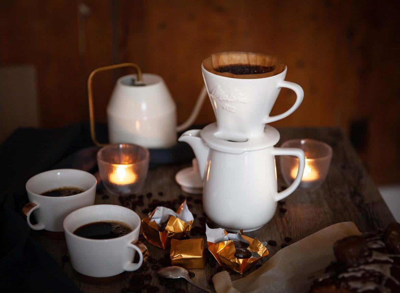 La cafetière Pour Over de Melitta en porcelaine blanche