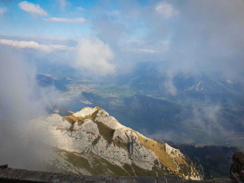 Au-dessus des nuages, du haut du Mont Pilatus
