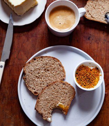 Trenche du pain de ma recette à base de grand épeautre non hybridé Oberkülmer