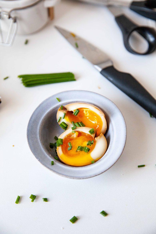 Ajitsuke tamago ou les oeufs mollets marinés des plats de ramen