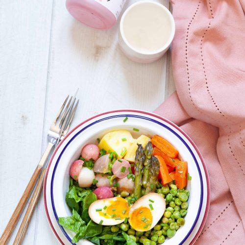 La recette de la salade de petits légumes cuits en papillote et des oeufs marinés comme les ajitsuke tamago