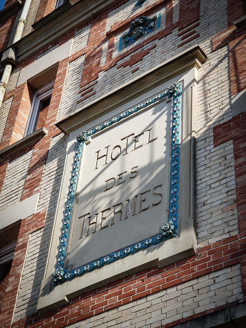 Hotel des thermes à Bagnoles de l'Orne
