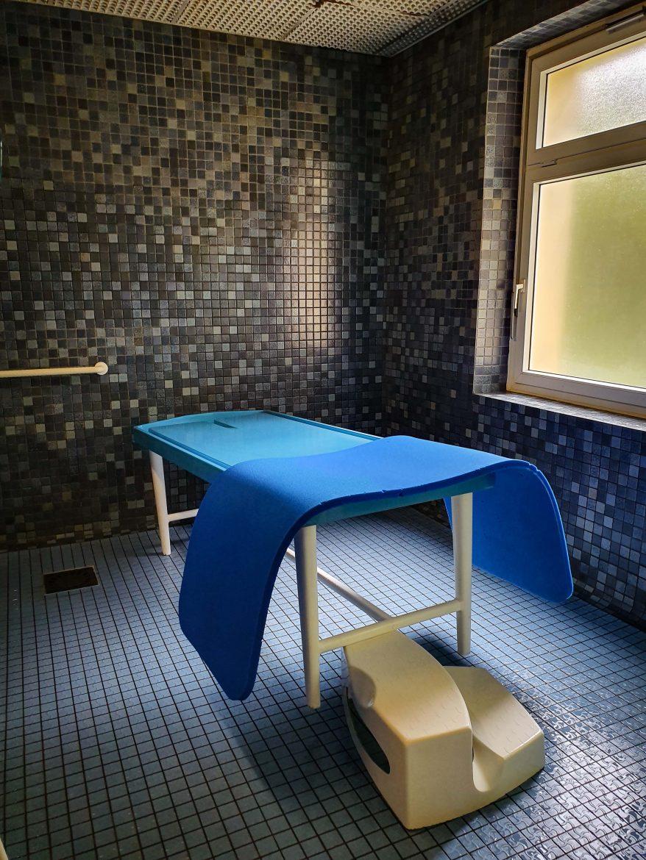 Salle de massage à l'établissement thermal de Bagnoles de l'Orne