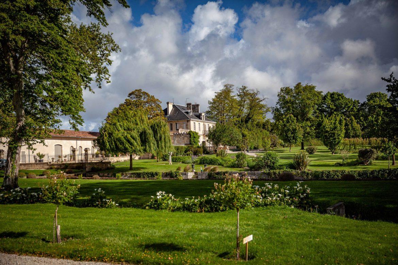 Le Château Kirwan et ses jardins