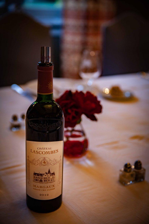 Bouteille de Château Lascombes sur table