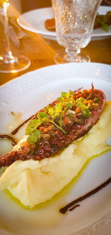 Carte du restaurant L'Île à Issy les Moulineaux poulpe grillé persillade