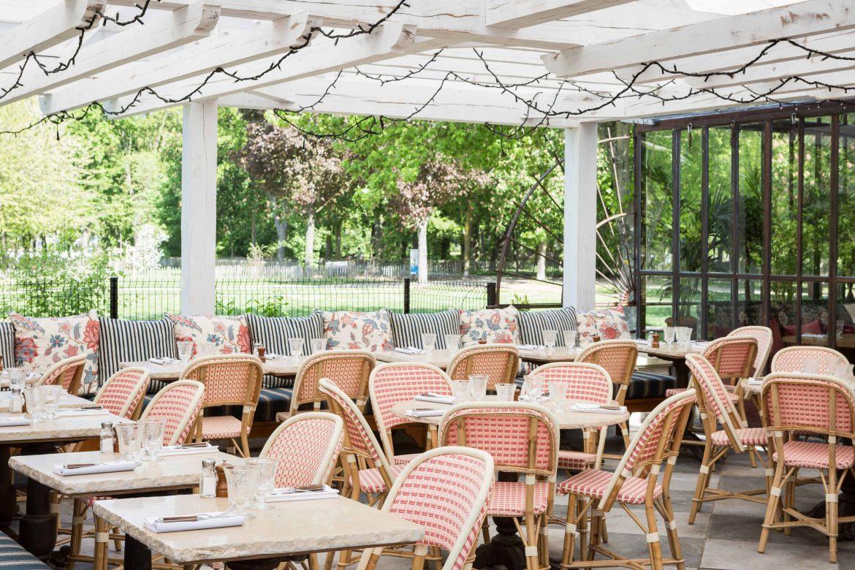 La terrasse banquette du restaurant L'Île d'Issy les Moulineaux